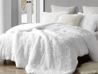 Coma Inducer Oversized Comforter   Are You Kidding   White  Shams not included  Retail 139 99