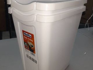 Two Small 3 5 Gallon White Wastebaskets
