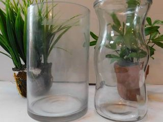 Vases   Fake Plants  2 ea