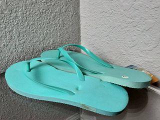 Flip Flops  Size l 9 10