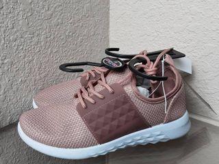 Tennis Shoes  Size 9