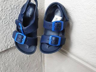 Sandals  Toddlers 6