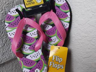 Flip Flops Size Small  11 12
