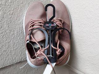 Tennis Shoes Size 6