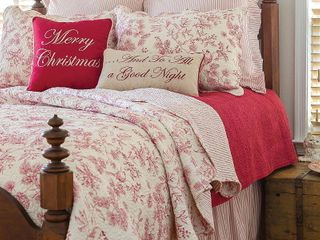 Evergreen Toile Cotton Quilt Set   Full Queen