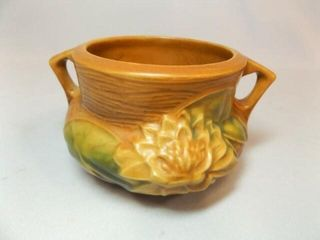 Roseville Bowl   Planter with Handles  3