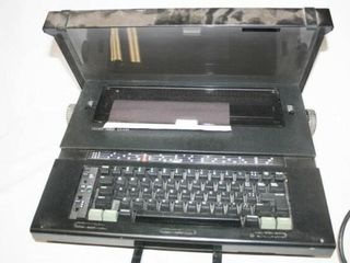 Silver Reed Typewriter  has cord in case