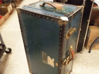 Horn luggage Storage Trunk  30  x 12  x 16