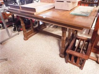 Trestle Dining Table  2 leaves