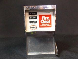 Texaco Transistor Radio  41 2  x 21 2  x 2