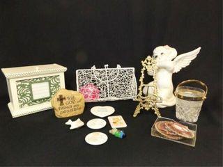 Decor Pieces  1 Box