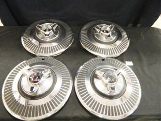 Plymouth Spinner Hubcaps   4