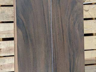 9  X 36  DARK BROWN WOOD lOOK PORCElAIN TIlE  155 SF