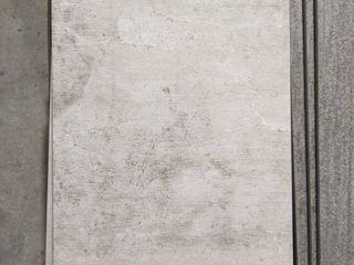 12 X 24  GRAY PORCElAIN TIlE  60 SF
