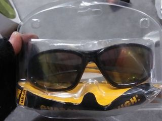 DEWAlT HDP Plastic Safety Glasses RETIl  31 98