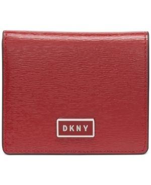 Dkny Gigi leather Flat Wallet Retail   88 00
