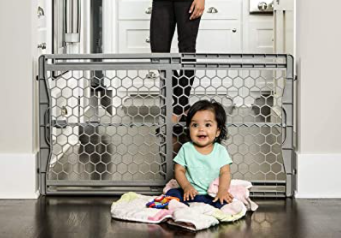 Regalo Expandable Safety Gate   Fits Openings 28  a  42  Wide and Expands Up To 23  High