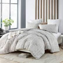 Queen   Zaw Zen  Zaw Zen Comforter   100  Yarn Dyed Cotton  Retail 142 79