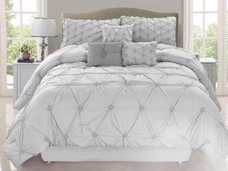 Queen  Chateau Grey 7 Piece Comforter Set  Retail 93 49
