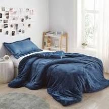 Nightfall Navy   King  Coma Inducer Oversized Comforter   Me Sooo Comfy   Nightfall Navy  Retail 149 99