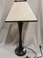 23 5in lamp with Shade