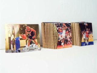 Basketball 1995 Upper Deck Cards  approx 100