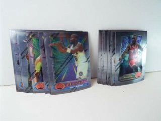 Basketball 1994 Topps Cards  approx 25