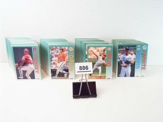 Baseball 1992 Fleer Cards  approx 300