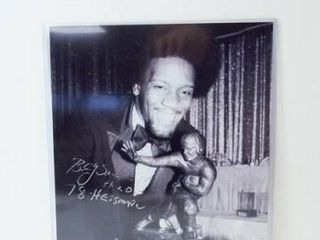 Billy Sims Heisman Signed Photo  8  x 10