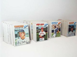 Baseball 1977 Topps Cards  approx 350