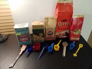 5 Vintage empty coffee bags and 9 advertising measuring spoons