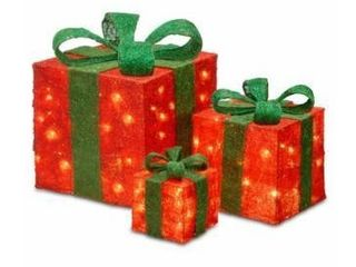 Red and Green  6 inch  10 inch and 14 inch Assorted Red Sisal Gift Boxes with 20  20 and 35 Clear lights Retail 124 99