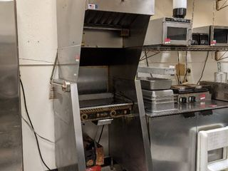 Superior Hoodless Ventless Flat Top Grill  Buyer Responsible For Removal