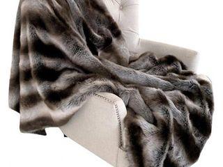 Throw 36W x 60l  Plutus Fancy Gray Silver Chinchilla Faux Fur Handmade luxury Throw  Retail 131 49