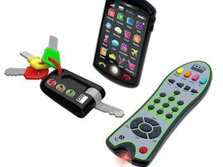 Kidz Delight Tech Set Trio Includes 3 iconic grown up devicesSmartphone