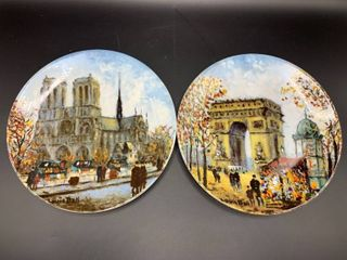 2 limoges louis Dali Collector Plates with COA   Notre Dame Cathedral  larc de Triomphe