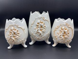 Set of 3 Footed lefton Eggs with Cherubs