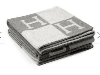 Airi Home Avalon luxury Merino Wool Cashmere Throw
