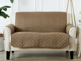 light Taupelight Taupe  Great Bay Home Reversible Quilted love Seat Furniture Protector   love Seat   love Seat