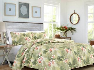 Tommy Bahama Tropical Orchid 3 piece Quilt Set  Retail 91 74