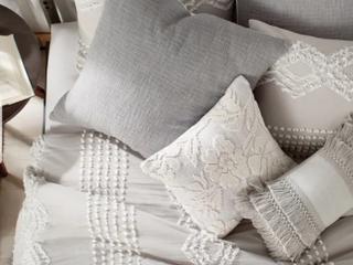 Porch   Den Midea Geometric Pattern Cotton Shams or Duvet Cover  Retail 134 49