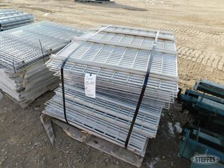 27 Wire bases for pallet racking 1 jpg