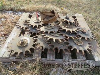 16 Spike closing wheels 1 jpg