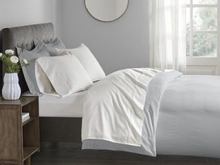 White   King  Beautyrest 400 Thread Count Wrinkle Resistant Cotton Sateen Bed Sheet Set