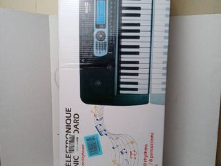 Rockjam 54key Portable Digital Piano Keyboard Music Stand Interactive lcd Screen Adapter included tested powers on