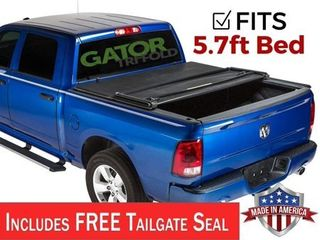 Gator ETX Tri Fold  fits  2009 2018 Dodge Ram 5 7 FT Bed No Ram Box Only Tonneau Truck Bed Cover Made in the USA 59201