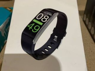Smart Bracelet   Black   iOS and Android Compatible