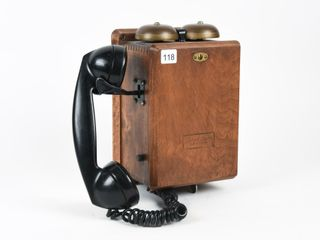VINTAGE NORTHERN ElECTRIC CRANK TElEPHONE