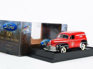 CANADIAN TIRE 1947 FORD SEDAN DElIVERY BANK  BOX
