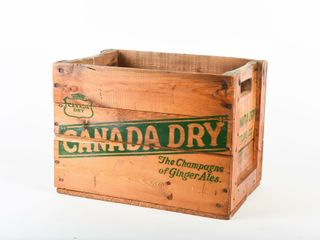 1965 CANADA DRY BOTTlING CO  WOODEN BOX
